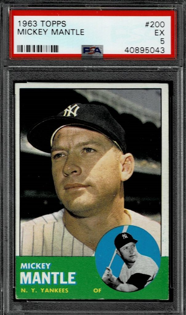 1963 Topps Mickey Mantle Baseball Card New York Yankees Outfield Card 200